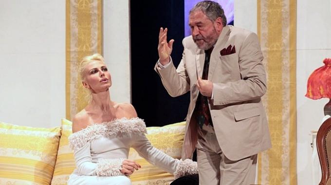 """La commedia francese di Sacha Guitry sbarca in Italia, """"Facciamo un sogno"""" in scena al Teatro dei Satiri di Roma dal 2 al 13 aprile"""