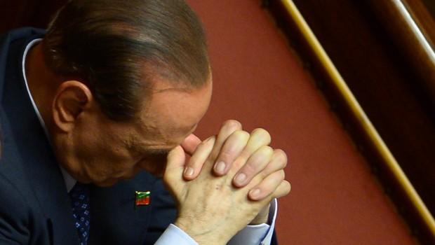 """Berlusconi condannato: """"Comprò senatori per far cadere Prodi"""""""