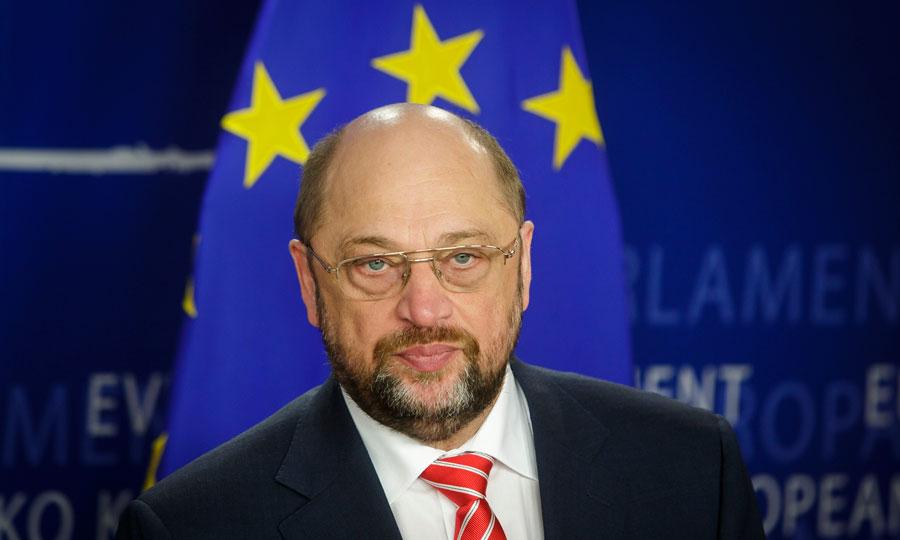 """Convegno FI: reazione irritata di Schulz, """"Berlusconi è sinonimo di odio, invidia e litigio"""""""