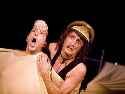 Ancora Antonio Rezza con Fratto _X al Teatro Elfo Puccini
