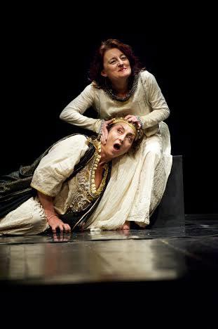 Le Regine. Elisabetta I Vs Maria Stuarda all'Oscar di Milano