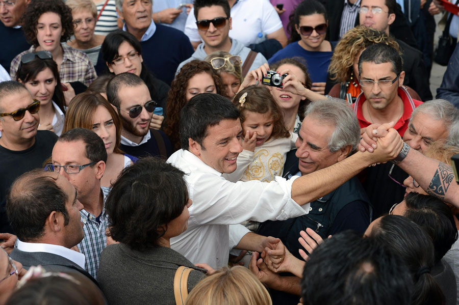 """Roma, l'ultimo ruggito elettorale di Renzi: """"Ci prenderemo i voti della destra"""""""