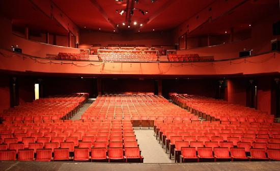 Al Teatro San Babila, una variegata Nuova Stagione 2014-2015