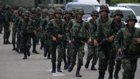 Colpo di Stato In Thailandia: militari al potere e minacce di rappresaglie dalle Camicie Rosse