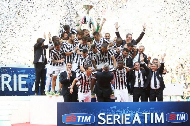 La Juventus vince ancora e arriva a 102 punti. Il Parma conquista l'Europa League, Immobile capocannoniere