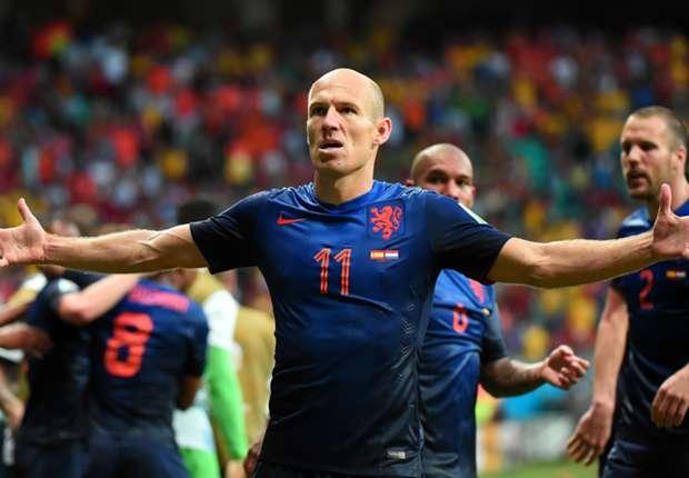 """Crollo Spagna:l'Olanda serve la """"manita"""" ai campioni del Mondo"""