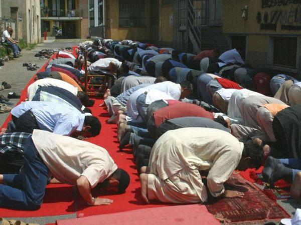 Ramadan: si apre tra sabato e domenica il mese di digiuno per gli islamici