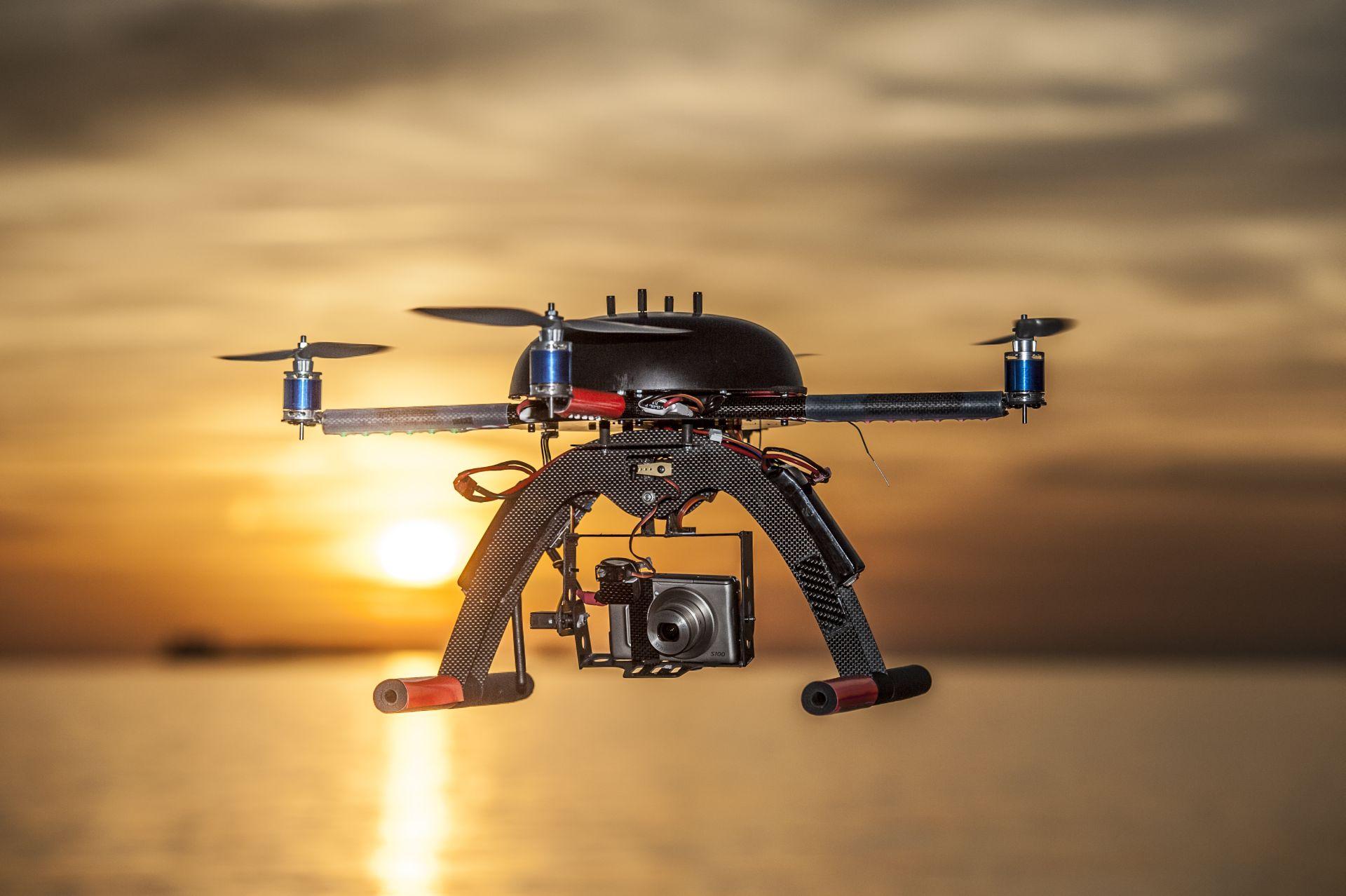 Irlanda: un drone trasporta della droga e atterra in una prigione