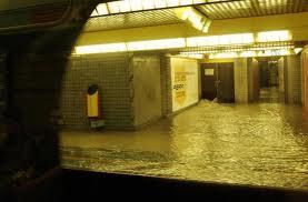 Maltempo: il Seveso esonda a Milano. Squadre protezione civile sul posto