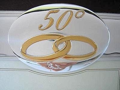 Milano festeggia gli sposi del 1964 e premia 4288 coppie