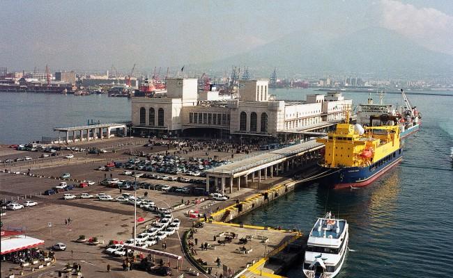 Porto di Napoli: dall'UE arrivano soldi per lo sviluppo.