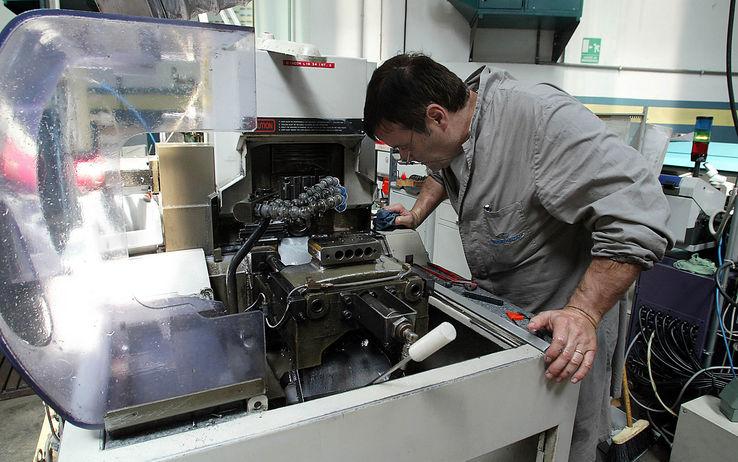 Istat, aumenta la produzione industriale. Rialzo massimo dal 2011