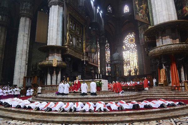Il Cardinale Scola ordinerà 25 nuovi sacerdoti in Duomo