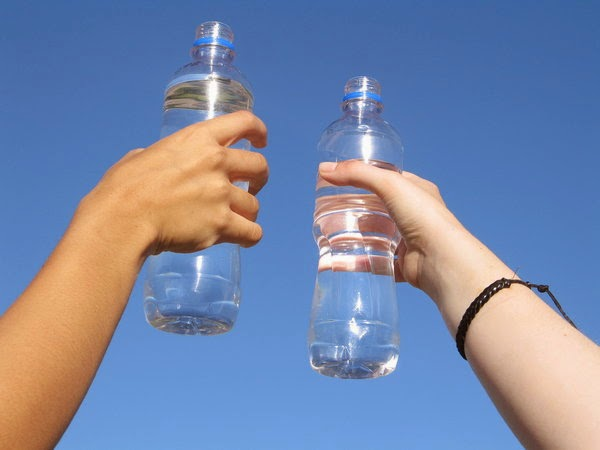 "Movida: ""Free drink water"" alle Colonne di San Lorenzo"