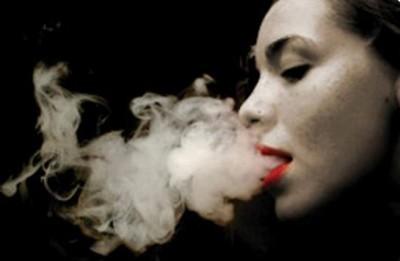 Risarcimento miliardario per la vedova di un fumatore
