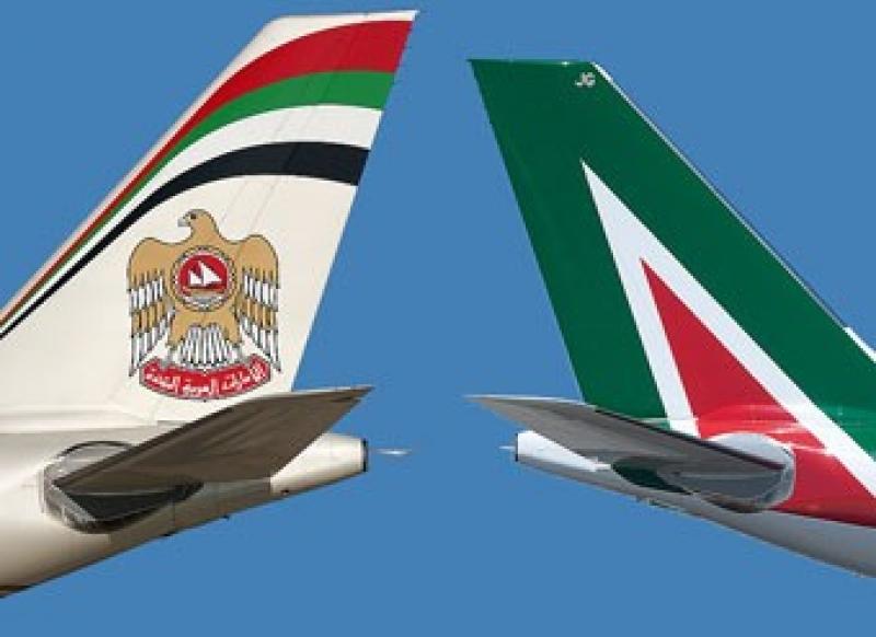 Alitalia: aspro scontro tra i sindacati, gli arabi aspettano l'intesa