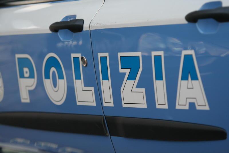 Mega rissa fuori da una discoteca a Genova: muore 20enne. Due feriti, uno grave