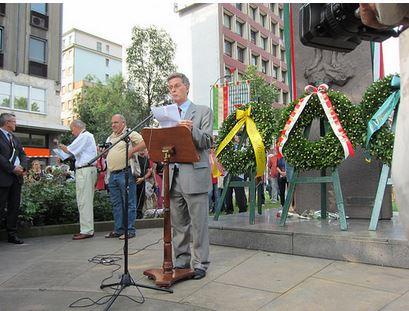 Milano ricorda le vittime del nazifascismo in piazzale Loreto