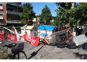 Protesta del Movimento di Lotta per la casa nel capoluogo toscano