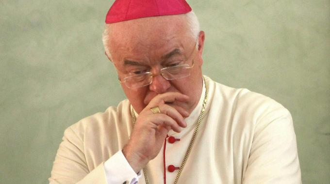 Pedofilia, arrestato l'arcivescovo Jozef Wesolowski