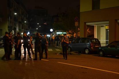 Milano, come il Far West, sparatoria con due morti a Bruzzano. Arrestato l'omicida