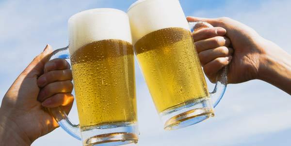 Aumenta il prezzo della birra, forse presto un lusso per un cattivo raccolto