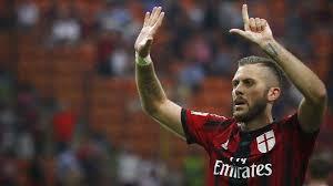 Cinquina del Milan, i rossoneri espugnano Parma