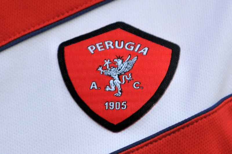 Serie B: il Perugia balza solo in testa. Battuto il Bari