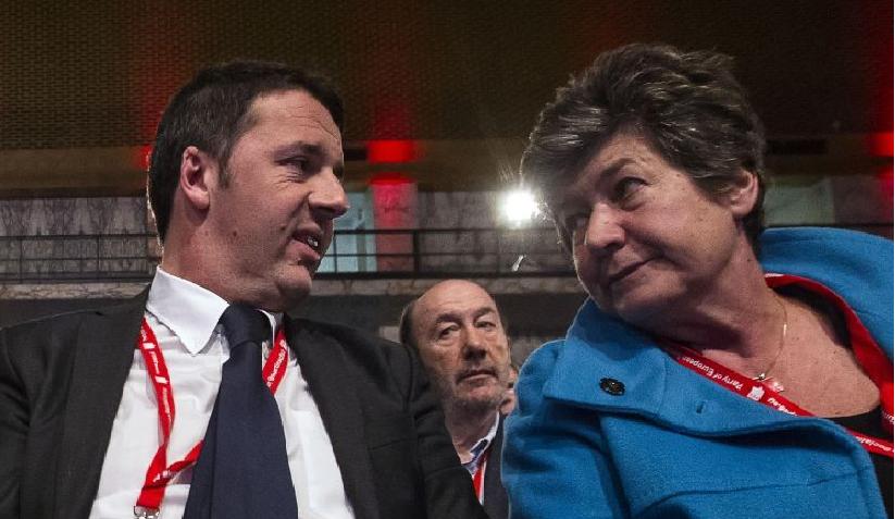 """La Camusso minaccia: """"Sciopero generale se il governo procede con il jobs act"""". Renzi dal suo volo: """"L'italia è un paese infinito"""""""