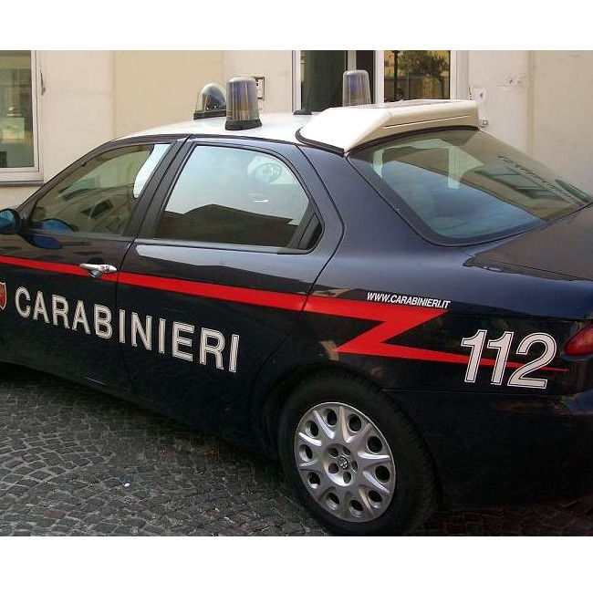 Due ragazzi muoiono dopo essere caduti da un palazzo a Milano