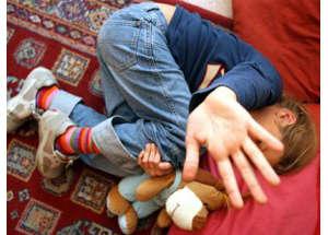 Tre maestre arrestate per violenze fisiche e verbali verso i piccoli allievi