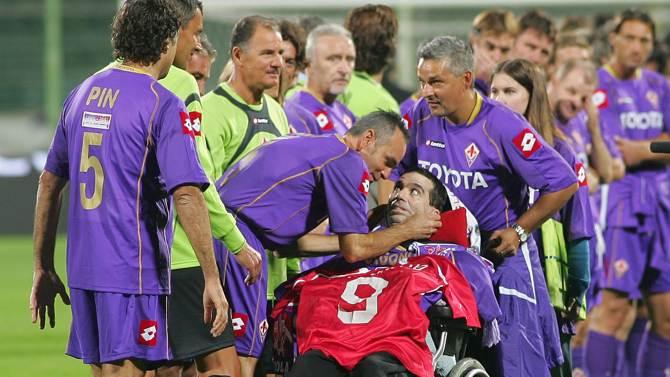 Milano, intitolato un campo da calcio a Stefano Borgonovo