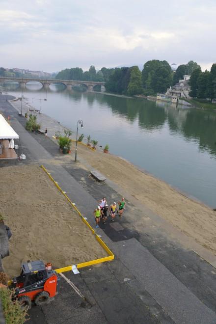 """Riapre il """"The Beach"""" di Torino: l'inchiesta va avanti"""