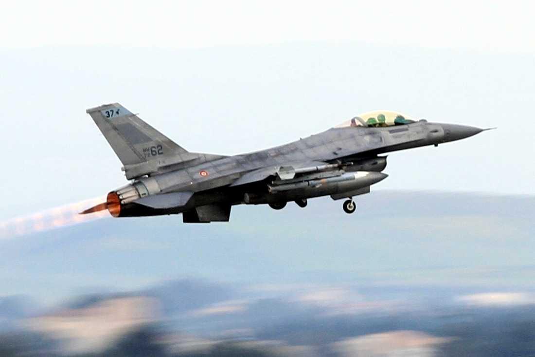 UE: intensa attività aerea russa nel cielo continentale. NATO in allerta