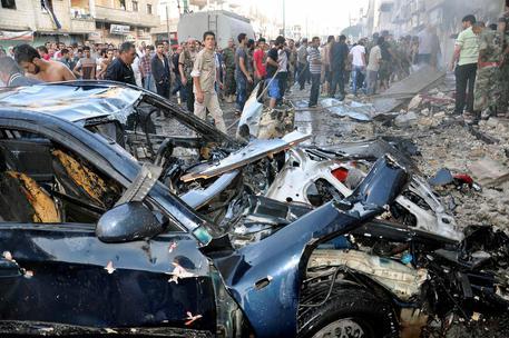 Esplodono due autobombe a Homs, Siria: strage di bambini