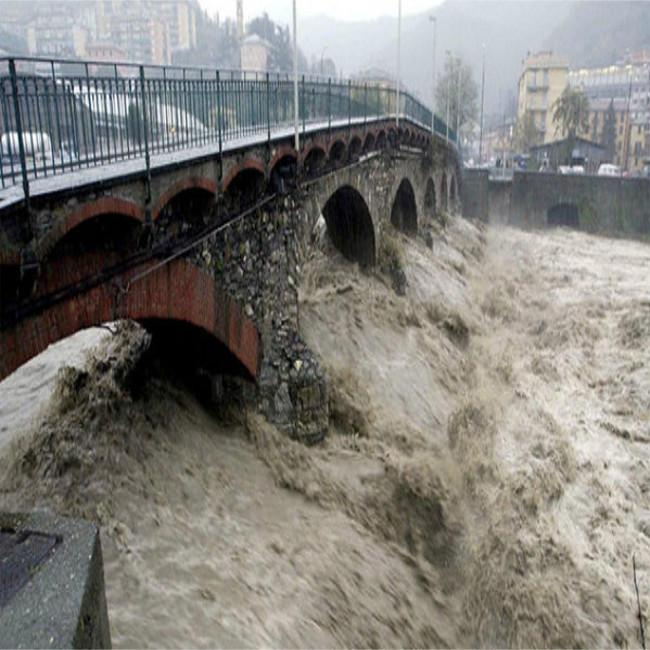 Maltempo: morti e danni ingenti nei territori colpiti da inondazoini e frane