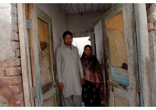 Orrore in Pakistan: arsi vivi due giovani cristiani