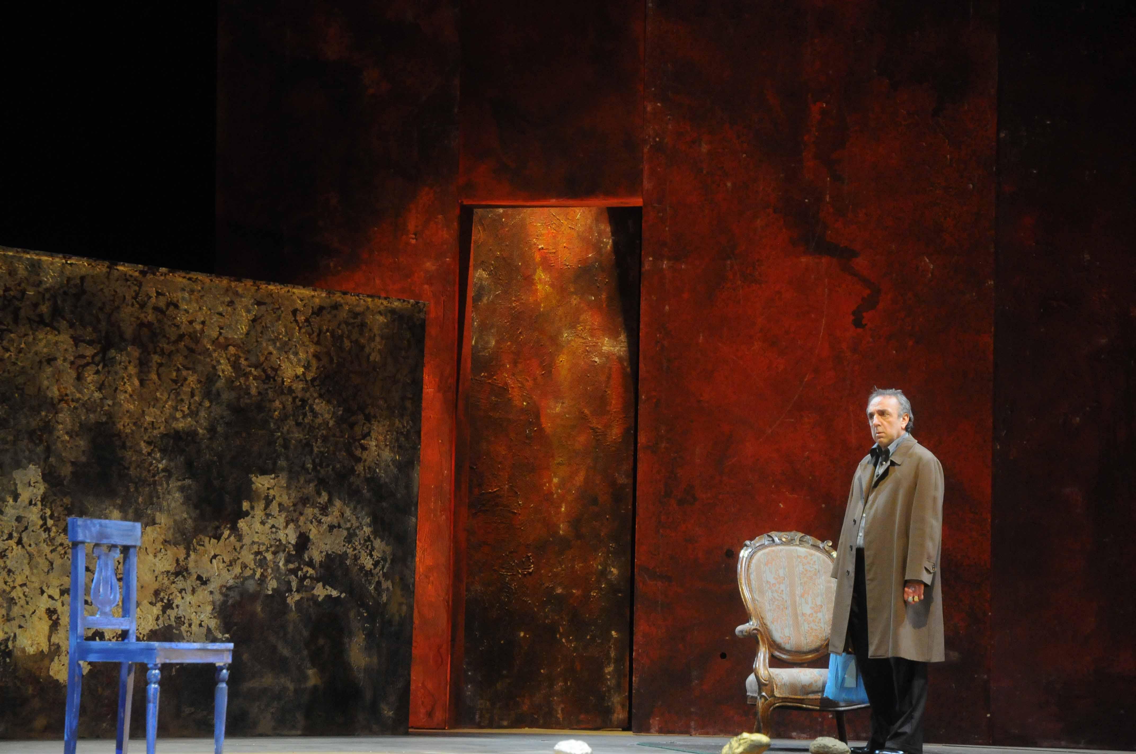 """Silvio Orlando e la Popular Shakespeare Komopany.""""Il Mercante di Venezia"""" al Teatro Bellini di Napoli"""