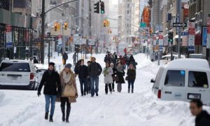 Snow-on-Broadway-New-York-007