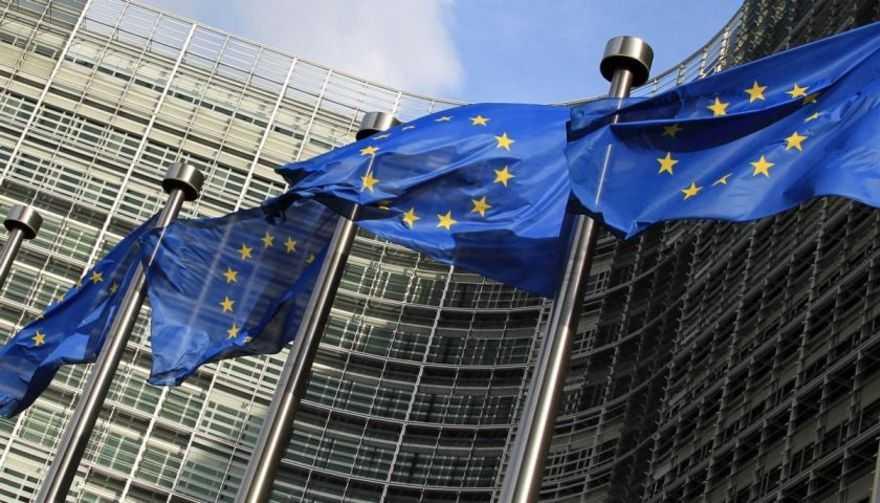 """Riforme, Commissione Europea: """"Incertezza su spending review, privatizzazioni in ritardo"""""""