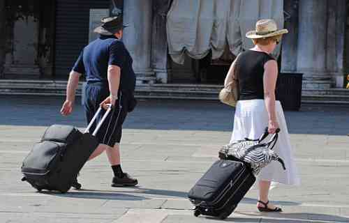 Venezia: stop ai trolley per i turisti