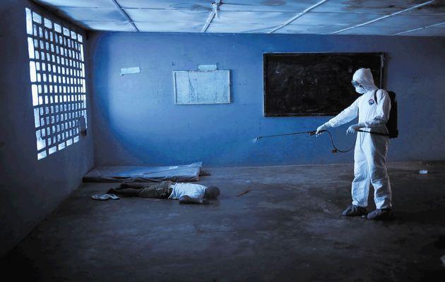 Il Time premia i combattenti di Ebola come personalità dell'anno