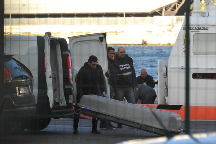 Traghetto: salma in porto Brindisi è di una donna