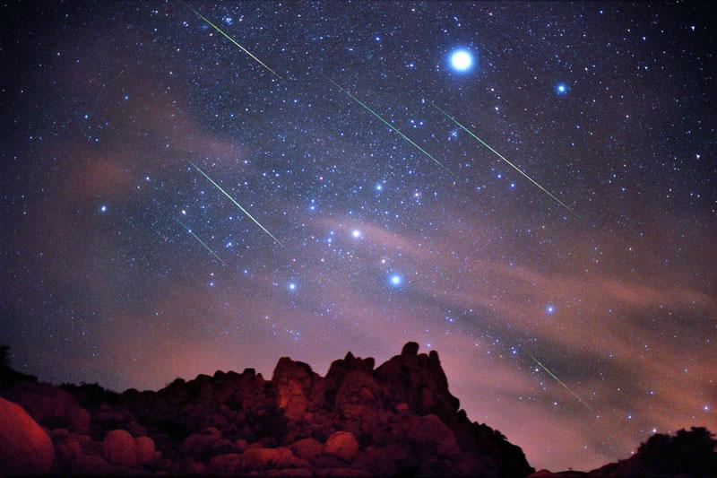 Arriva la pioggia di stelle cadenti di dicembre: stanotte tutti col naso all'insù
