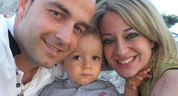 Morto il piccolo Luigi travolto con la madre. Alla guida dello scooter un diciassettenne senza patente