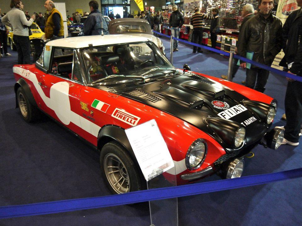 Arezzo classic motors, mostra-scambio di auto e moto d'epoca