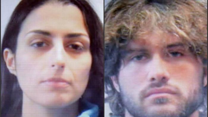 Si aggrava la posizione dei due amanti accusati di aver sfregiato un ragazzo con l'acido