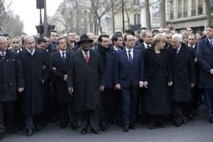 Parigi marcia