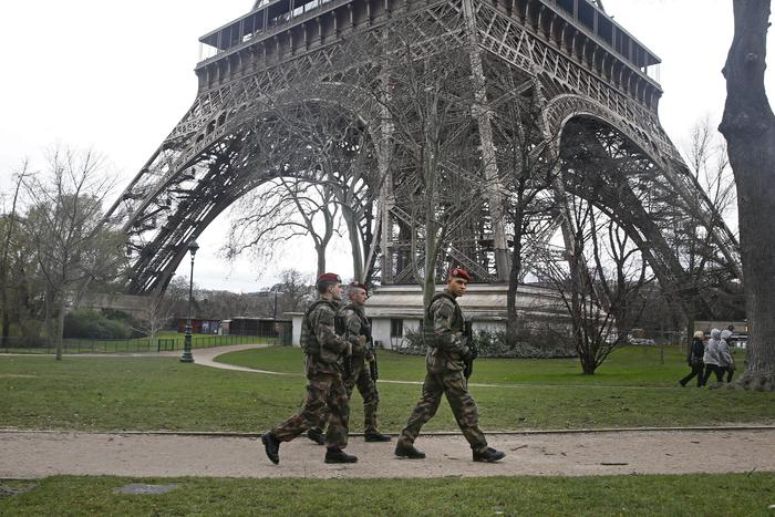 Terrorist alert at its highest level in Paris
