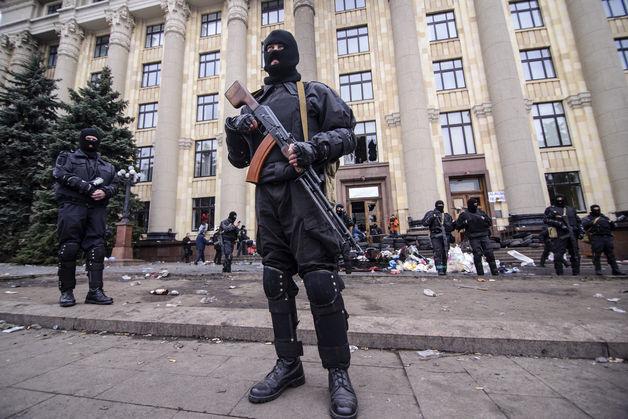 Ucraina: 24 morti nell'est del paese, incertezza per le negoziazioni di pace